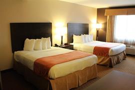14172_004_Guestroom