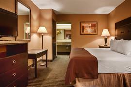 34112_005_Guestroom