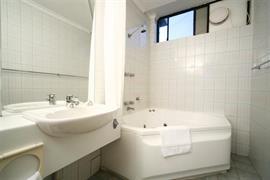 97103_007_Guestroom