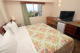 77011_001_Guestroom