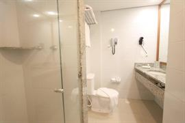 77011_004_Guestroom