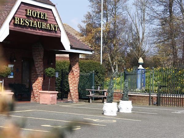 Best Western Manor Hotel & Suites