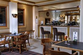 manor-hotel-dining-18-83642