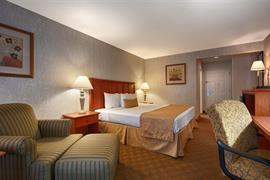 44421_006_Guestroom