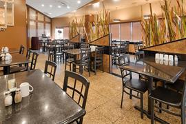 68023_004_Restaurant