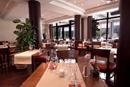 93552_007_Restaurant