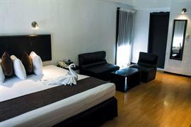 70167_003_Guestroom
