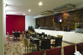 70167_005_Restaurant