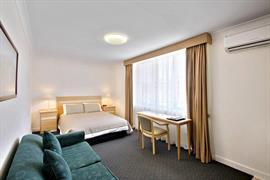90288_006_Guestroom