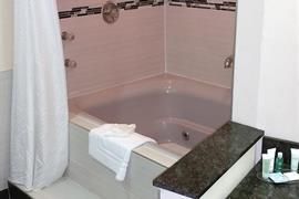 50023_003_Guestroom