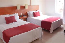 70282_001_Guestroom