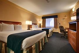 05605_002_Guestroom