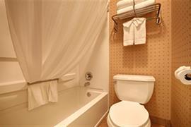 05605_003_Guestroom
