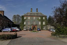 moffat-house-hotel-grounds-and-hotel-29-83488
