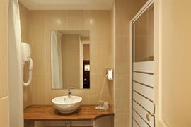 93674_003_Guestroom