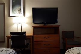 14173_006_Guestroom