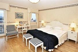 88166_002_Guestroom
