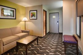 26176_002_Guestroom