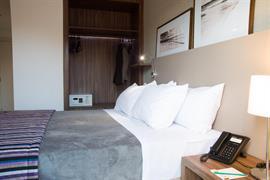 77118_004_Guestroom