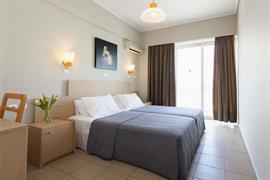 77716_000_Guestroom