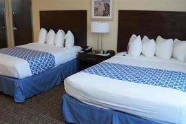 10280_004_Guestroom