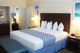 10280_006_Guestroom