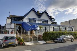 new-holmwood-hotel-grounds-and-hotel-11-83365