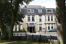 new-kent-hotel-grounds-and-hotel-03-83326