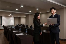 99504_002_Meetingroom