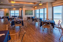 10390_003_Restaurant