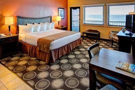 10390_005_Guestroom