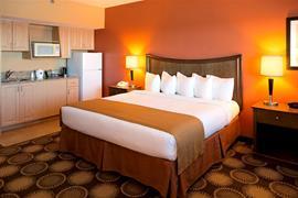10390_006_Guestroom