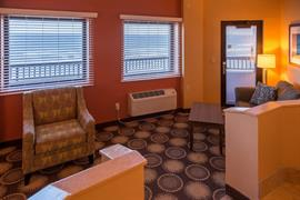 10390_007_Guestroom
