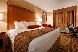 38147_005_Guestroom