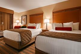 38147_006_Guestroom