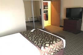 17138_004_Guestroom