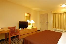 44184_007_Guestroom