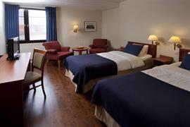 88143_007_Guestroom