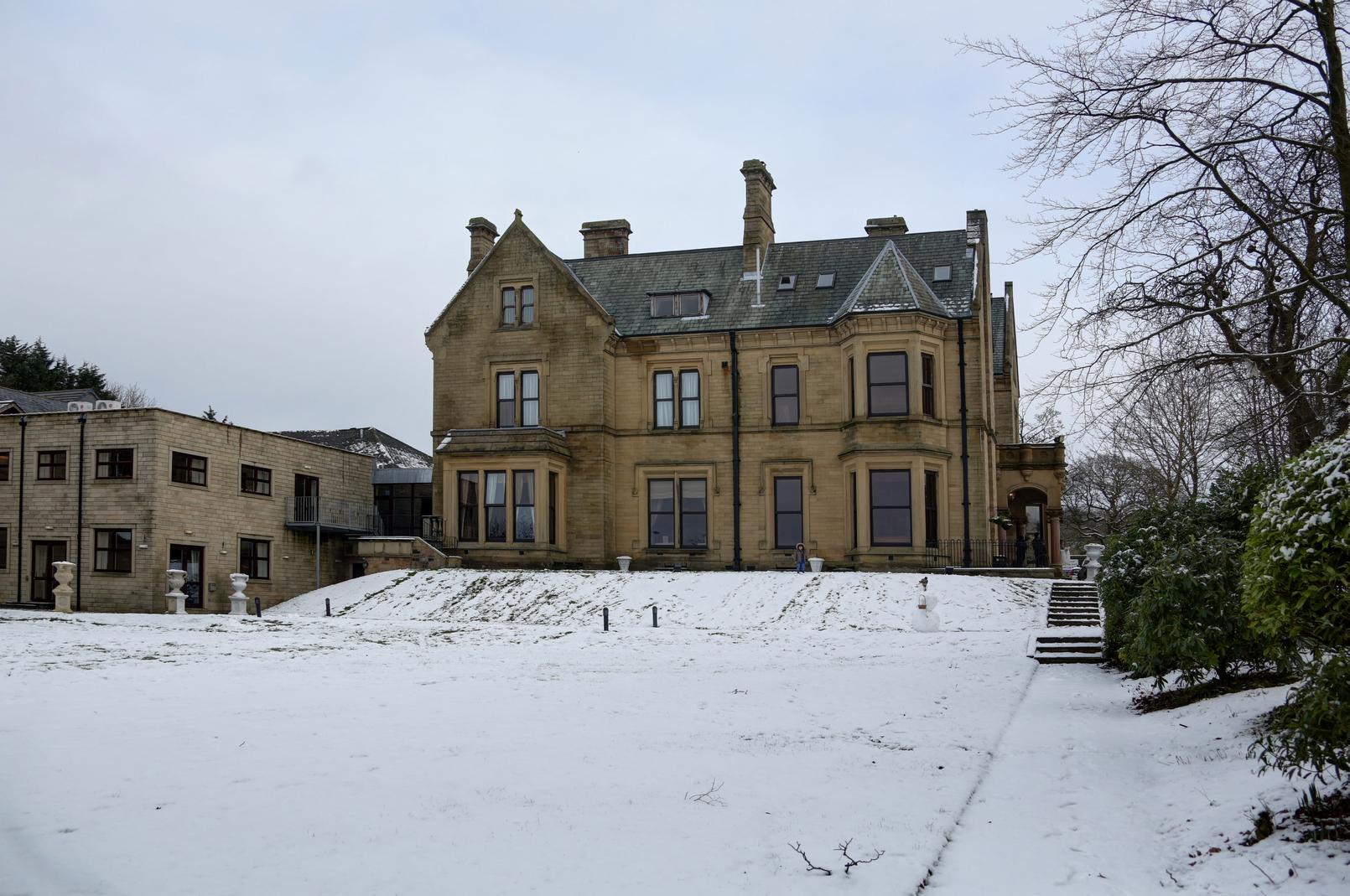 Best western burnley north oaks hotel for Best bathrooms uk burnley