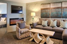34075_001_Guestroom