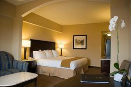 10279_006_Guestroom