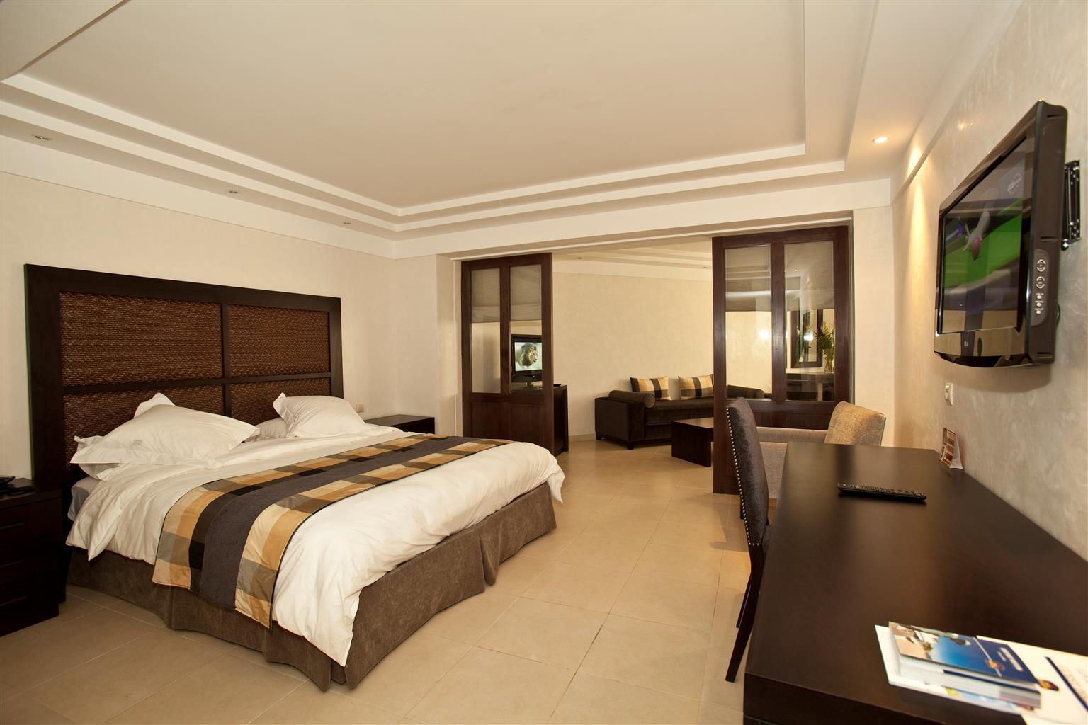 Hudson hotel new york nyc 2013 003 - 93724_000_pool 93724_001_restaurant 93724_002_pool 93724_003_suite 93724_004_suite 93724_005_guestroom 93724_006_suite 93724_007_guestroom