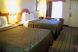 34079_003_Guestroom