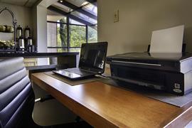 34079_007_Businesscenter