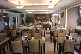 78533_005_Restaurant