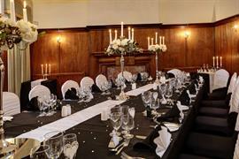 le-strange-arms-hotel-wedding-events-11-83646