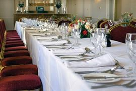 le-strange-arms-hotel-wedding-events-13-83646