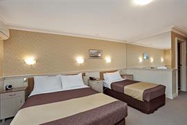 97384_003_Guestroom