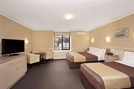 97384_004_Guestroom