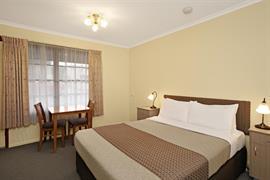 97384_007_Guestroom
